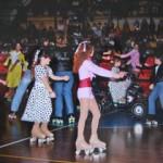 Grease - gli atleti impegnati nell'esecuzione della coreografia