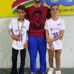 Kevin Bovara (1°) e Alba Marconi (7°) con Alessandro Fratalocchi ai Campionati Nazionali Aics 2015